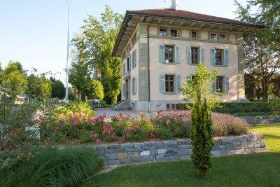 Villa mit Gartenbereich